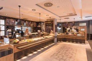 Theke im Kanne Café in Remscheid