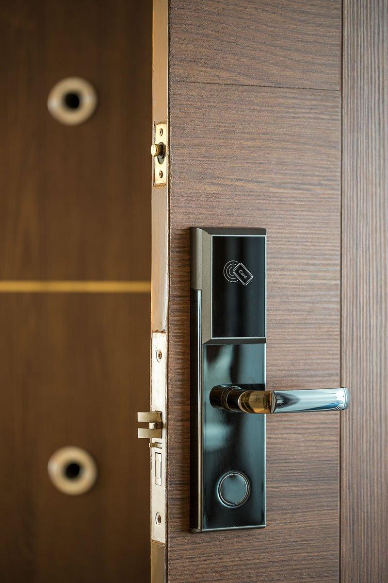 Hoteltür mit Smart Card Schlüssel