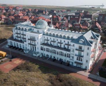 Strandhotel Juist von oben